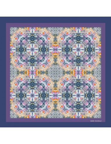 Blessing pocket silk square